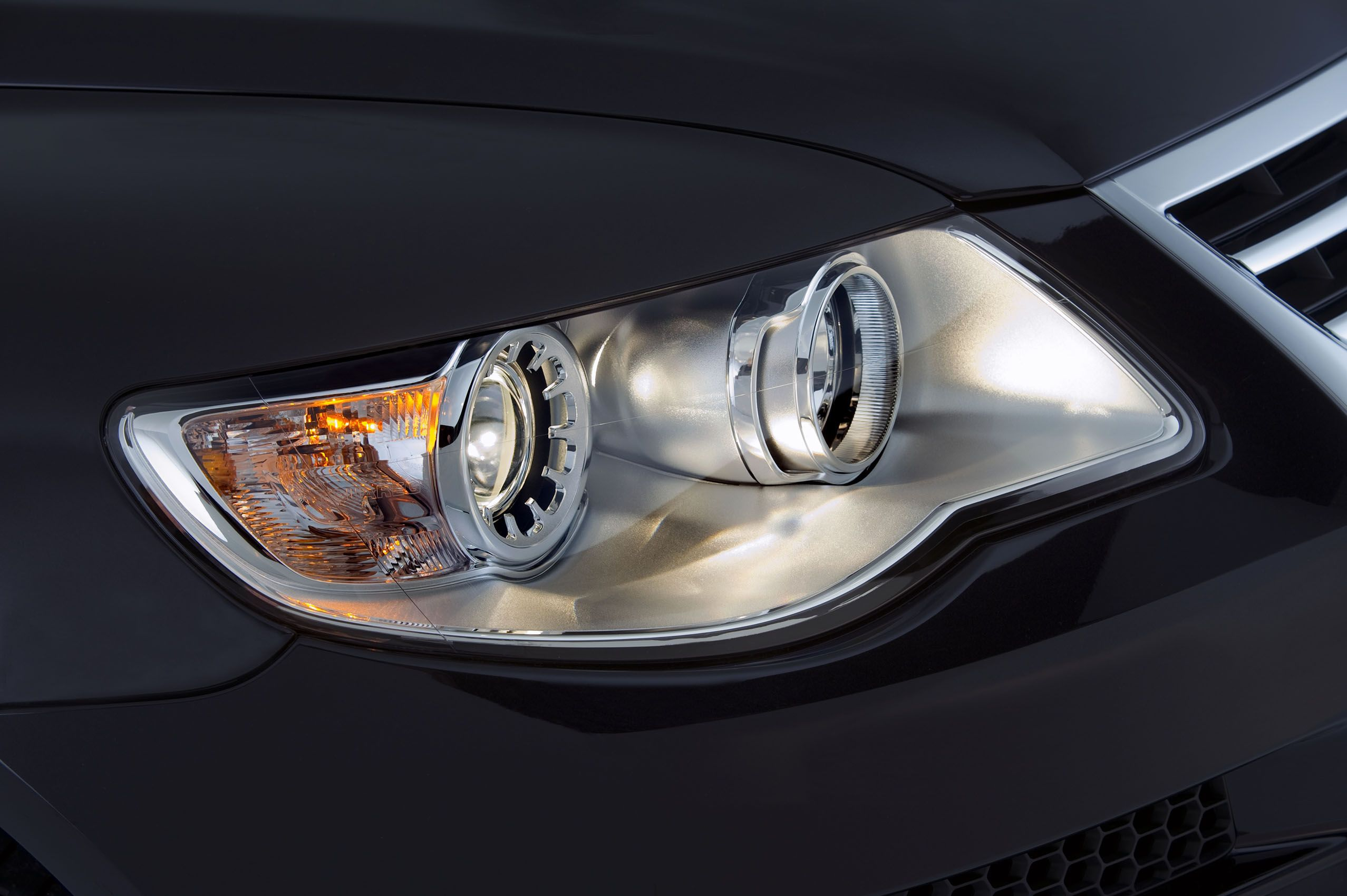 VW Headlight