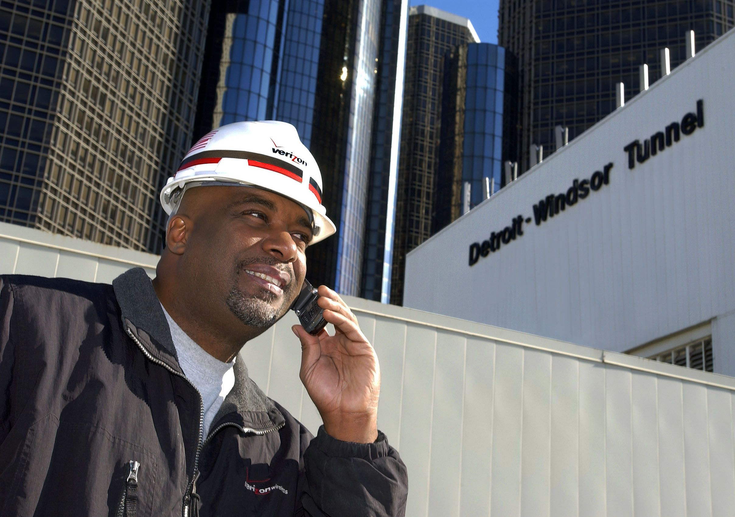 Verizon Worker