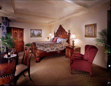 The Historic Davenport Hotel Deluxe Guest Room