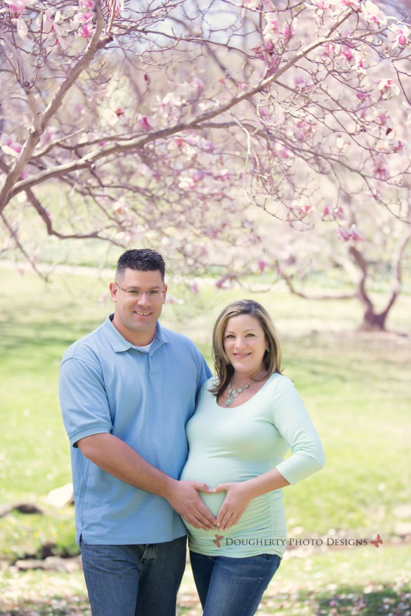 maternity session at a park