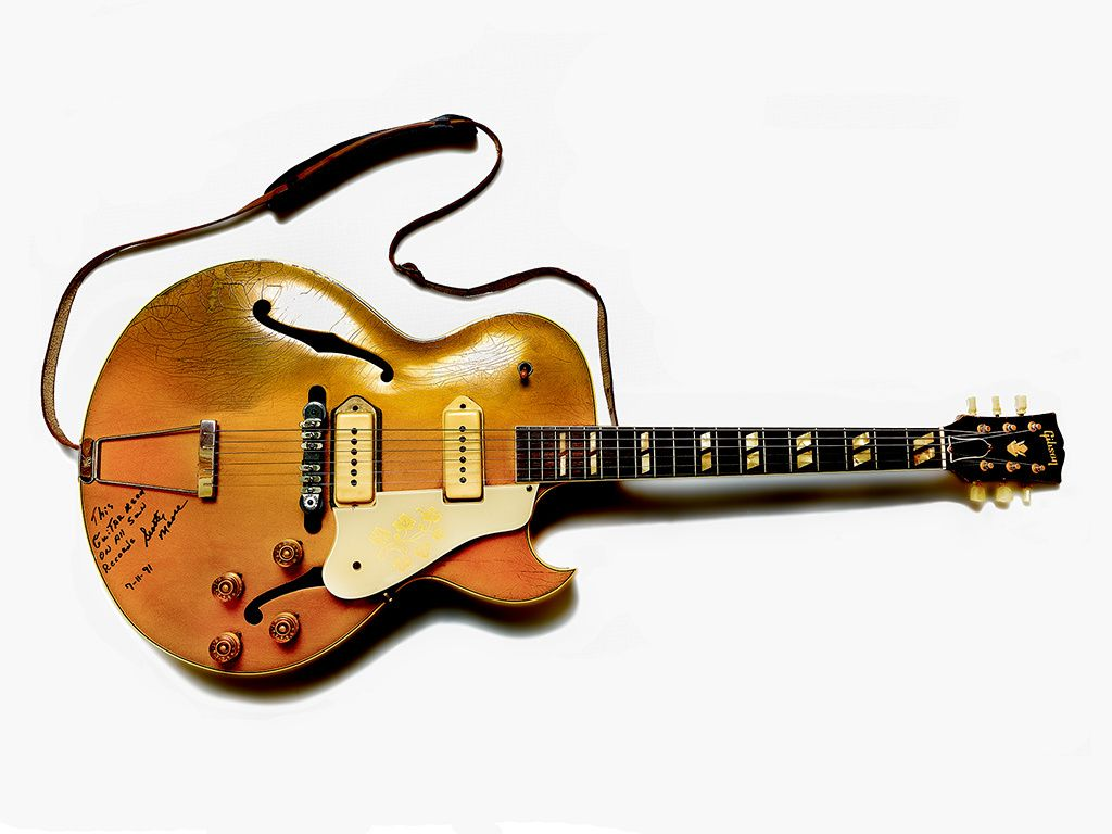 Scotty Moore's Gibson guitar