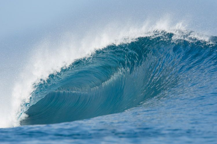 Perfect Wave Tahiti