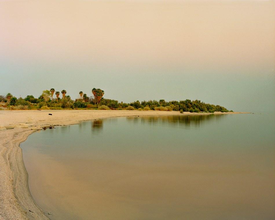 AYUSON_SaltonSea_water&sky_800kb.jpg