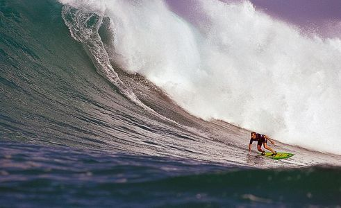 Layne Beachley, The first woman to tow in and ride outside Phantoms, Sunset Beach, Hawaii, 1998