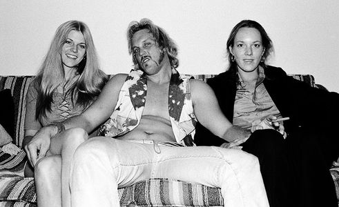 Ellie, Bunker and sister Joan, Sunset Towers, Hollywood, 1976