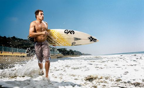 Sean Hayes, Pro Surfer, Muscle Fitness feature