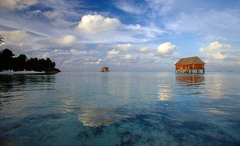 Overwater bungalow, Maldives, Elleven Clothing