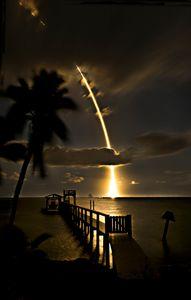 Space X 5-23-19 W.jpg