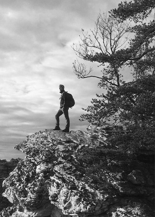 Mountain-Man_Website_2017_BW.jpg