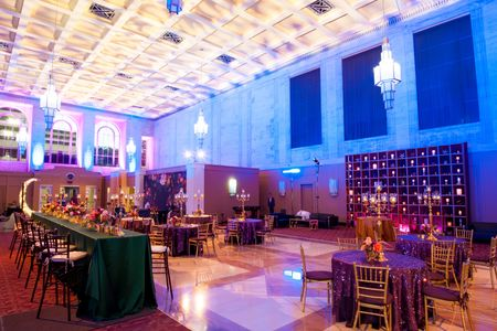 corporate-event-design-production-candle-wall-dayton-cincinnati-columbus-unlimited-events_0007.jpg