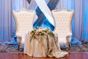 king-queen-wedding-chairs-rental-dayton-cincinnati-columbus-ohio-unlimited-events_004.jpg