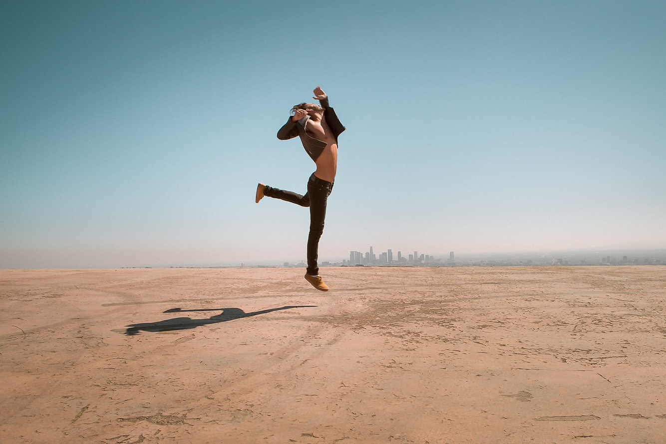 Niv-shank-dancer.jpg