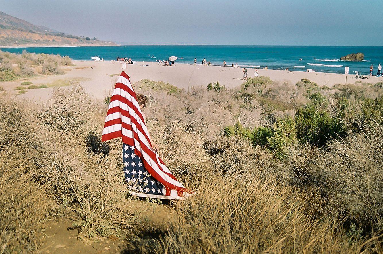 Malibu-americana-american-flag-surefer-youth-life-style.jpg