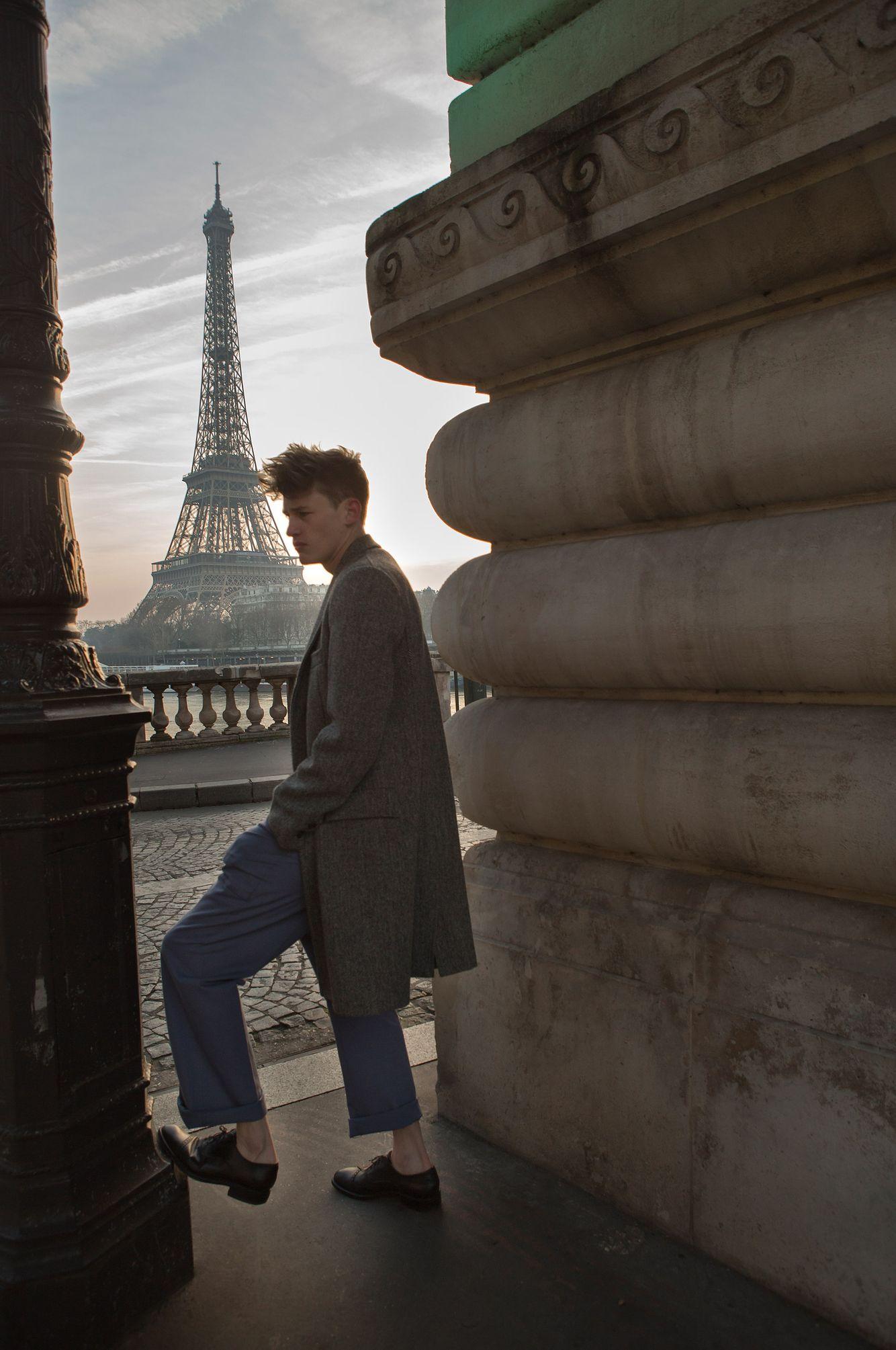 Paul_birkhaim_bridge_paris_Niv_shank.jpg