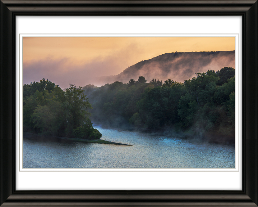 #9852-Connecticut-River-Morning-Mist-Livebooks-Opt.jpg