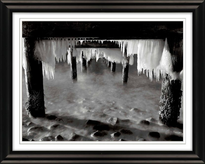 Ice-Under-Pier-West-Chop-Oak-Bluffs-opt-small.jpg