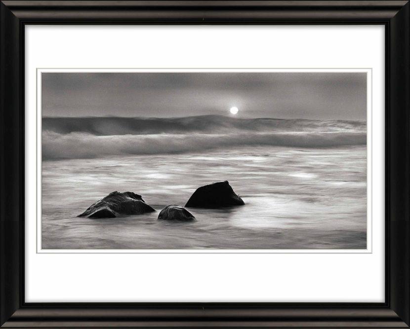 Frame-Three-Rocks-and-Sun-Livebooks-opt-sm.jpg