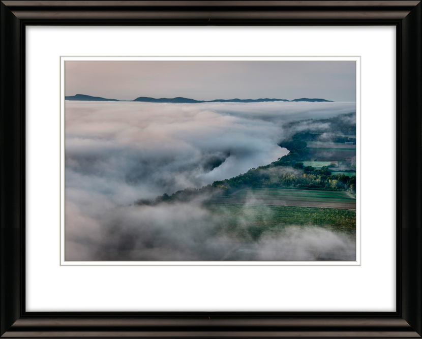 #0059-Conn.-River-from-Sugar-Loaf-in-Fog-Livebooks-Opt.jpg