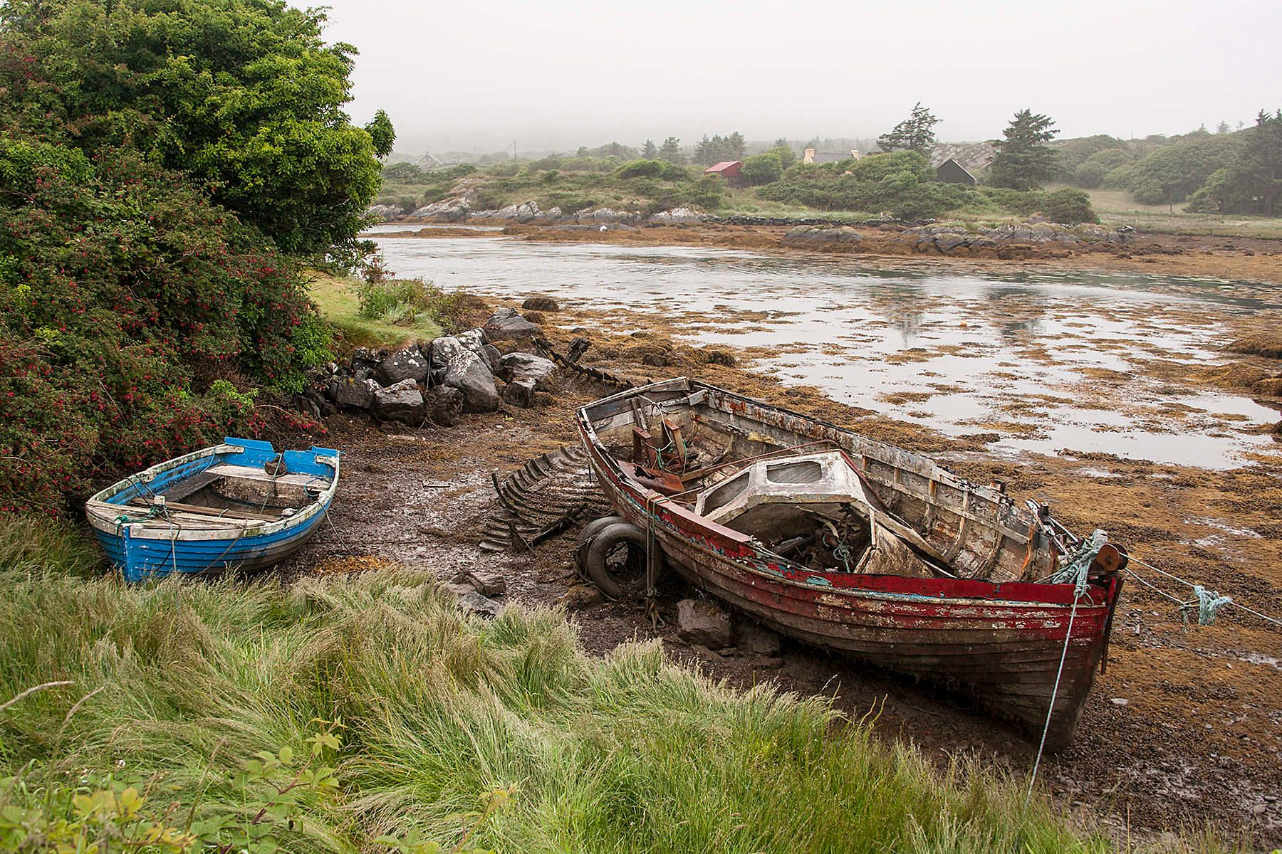 3_1dsc_6157_wooden_boats_eyeries.jpg