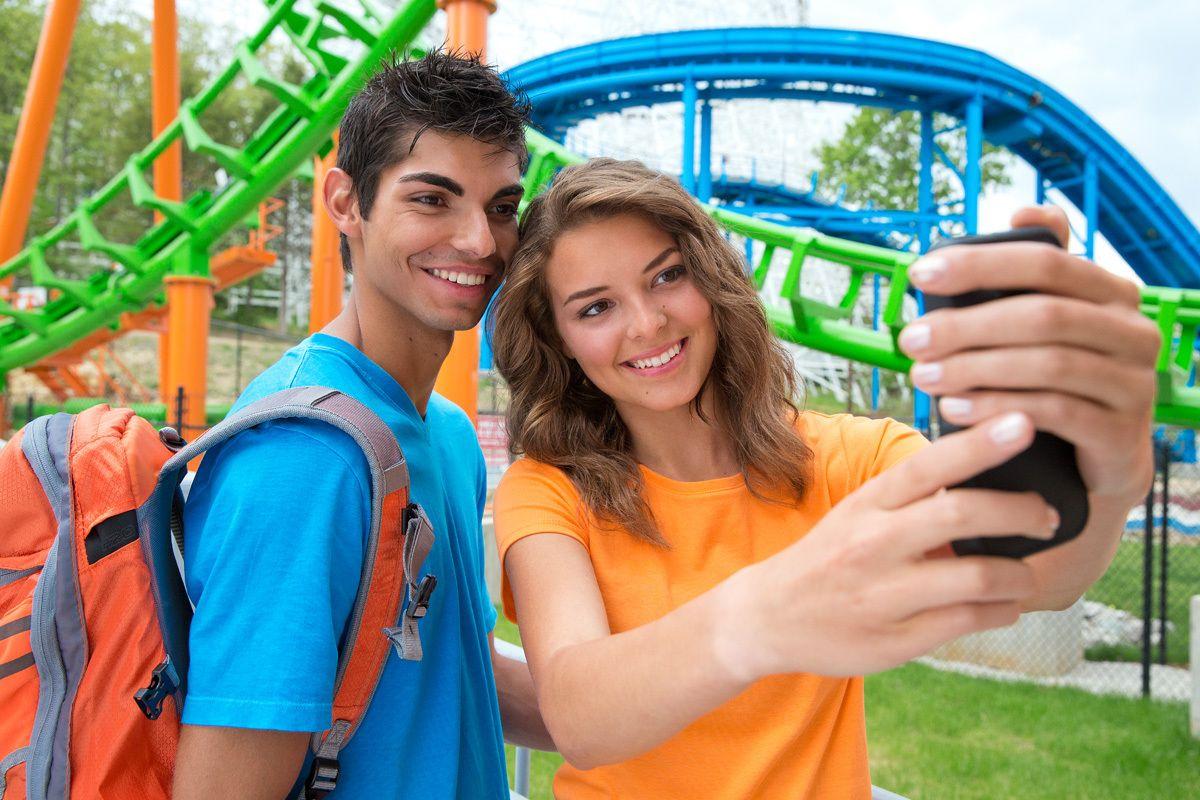 Teens shoot Selfie