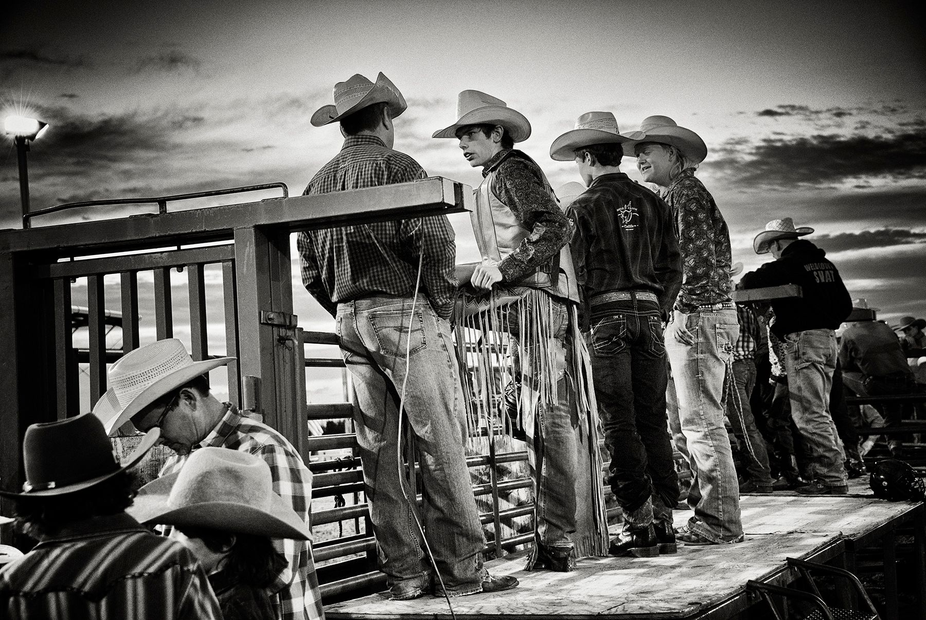 TWILIGHT LARAMIE RODEO 01.jpg