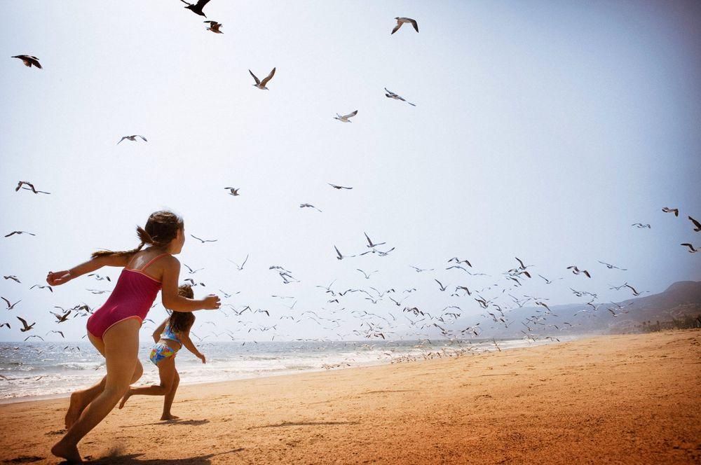 Girls On Beach-176.jpg