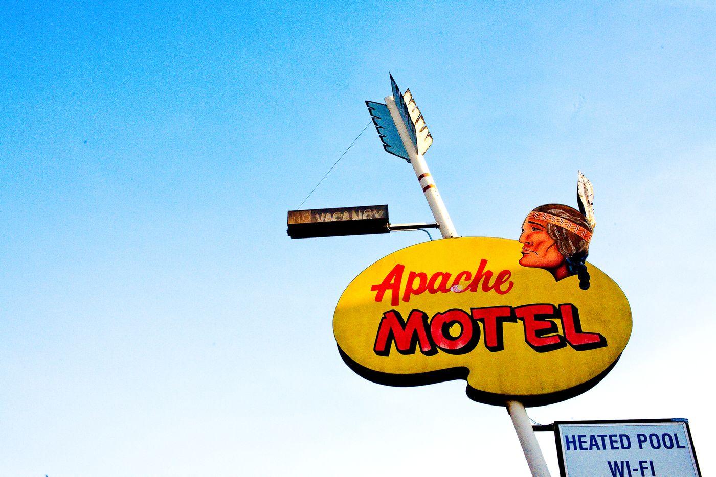 motel_2017_2018-17-WEB.jpg