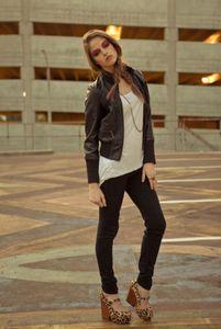 1amelia___kendal_karson___blindseas_2012_163