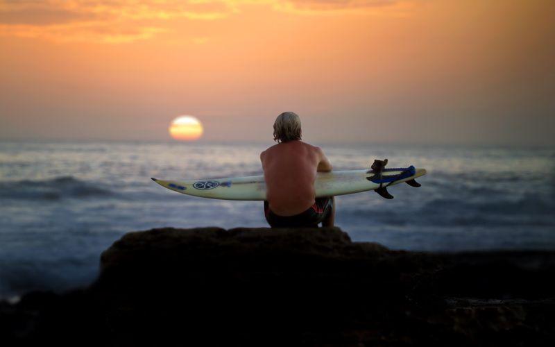 Surfer / Nicaragua
