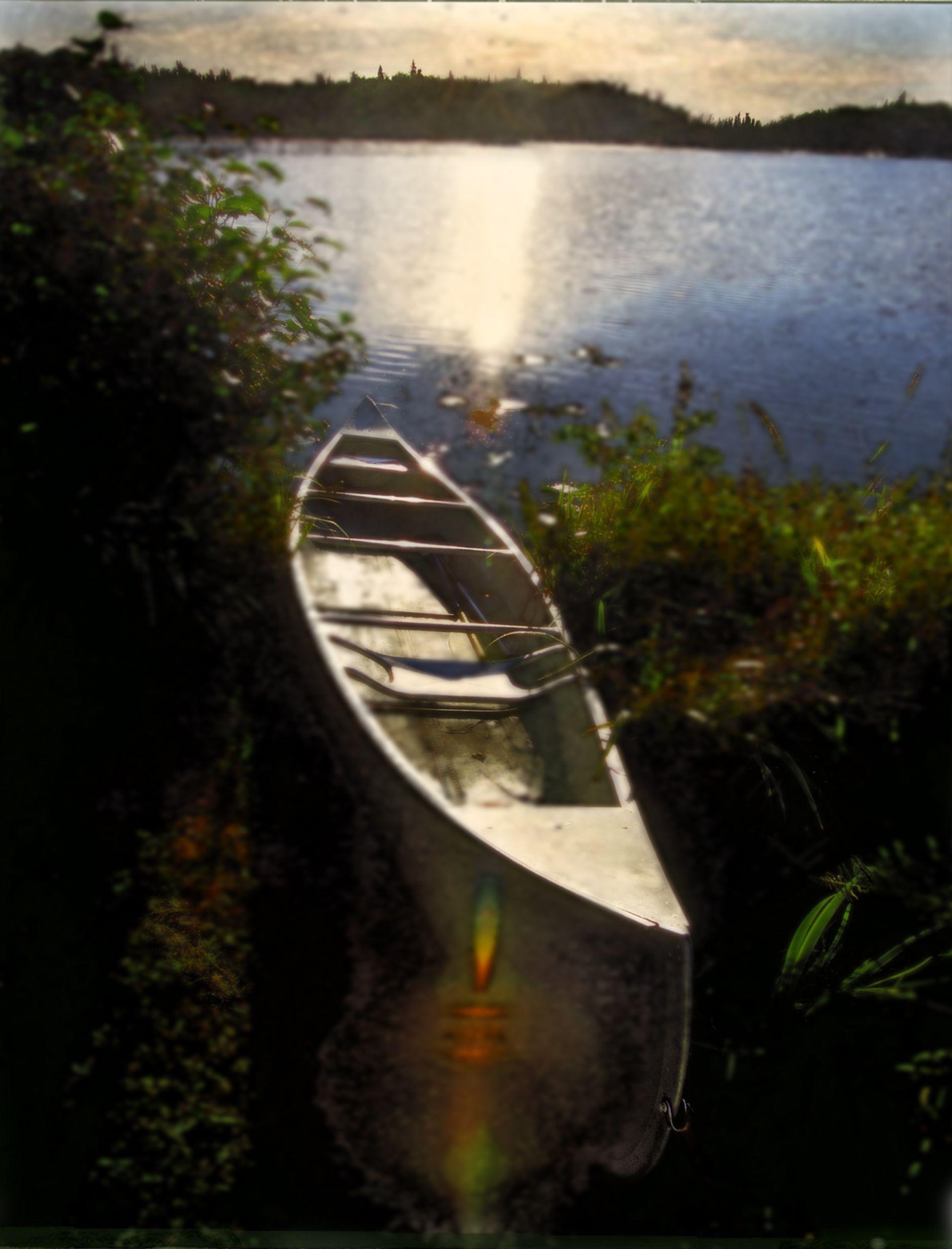 Tippy Canoe / Alaska