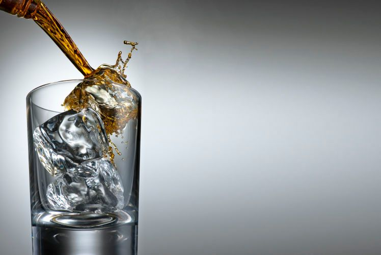 1drink_splash_pour_284_rt
