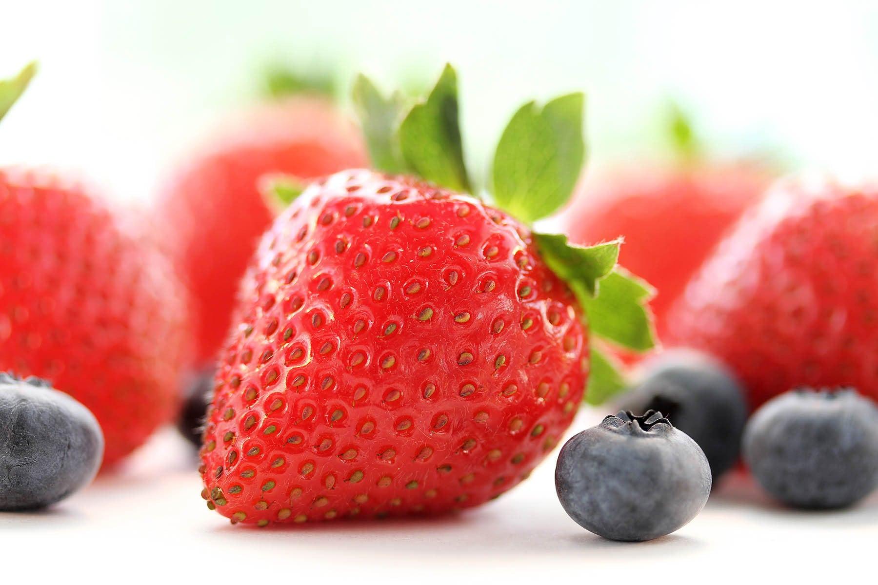 Lou-Manna-Strawberries-Blueberries