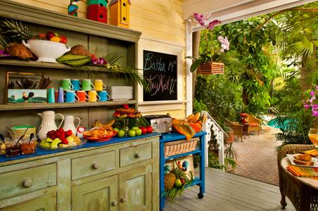 Food-Key West-Buffet.jpg