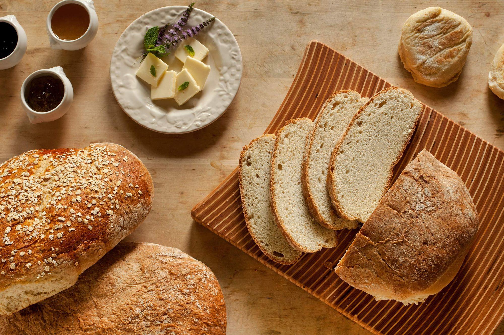 Sliced bread on a cutting board.jpg