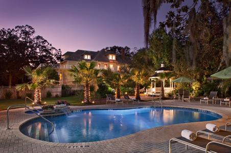 Exterior Architectural twilight - Florida Inn's Pool.jpg
