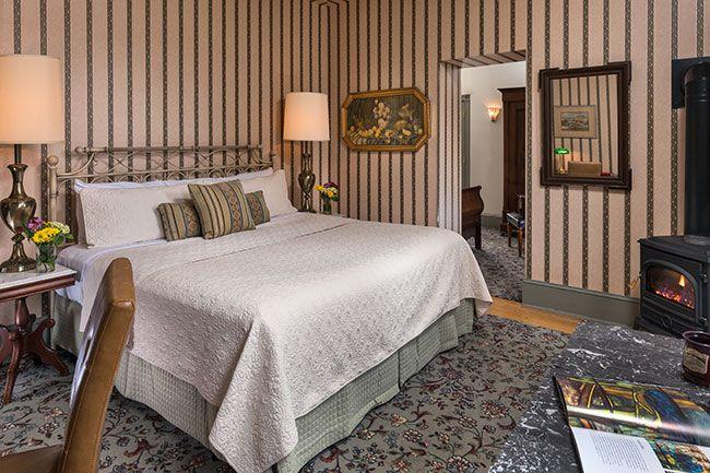 lafayette-inn-interiors-room-11-april-2017.jpg