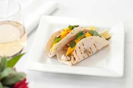 Fish taco food photograph.jpg