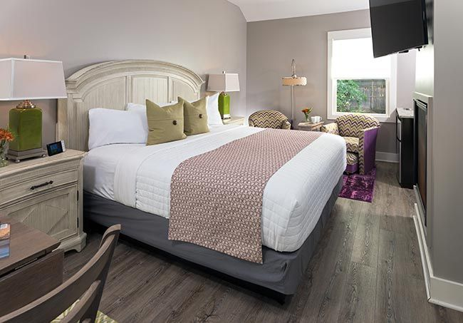hotel-saugatuck-interiors-cottages-sweet-gale-2016.jpg