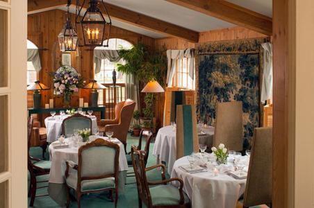Dining room from Wickwood Inn.jpg