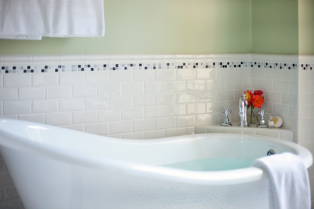 Soaking tub faucet running - Interior bathroom detail.jpg