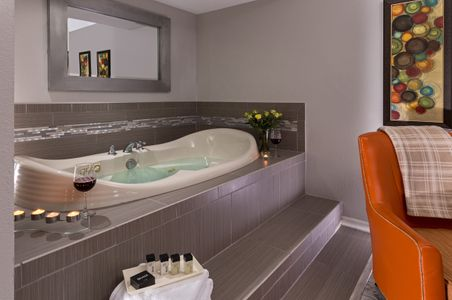 Huron House Bed and breakfast jacuzzi tub interior photograph.jpg