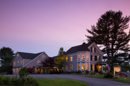 Outside exterior dusk photograph of English Meadows Inn.jpg