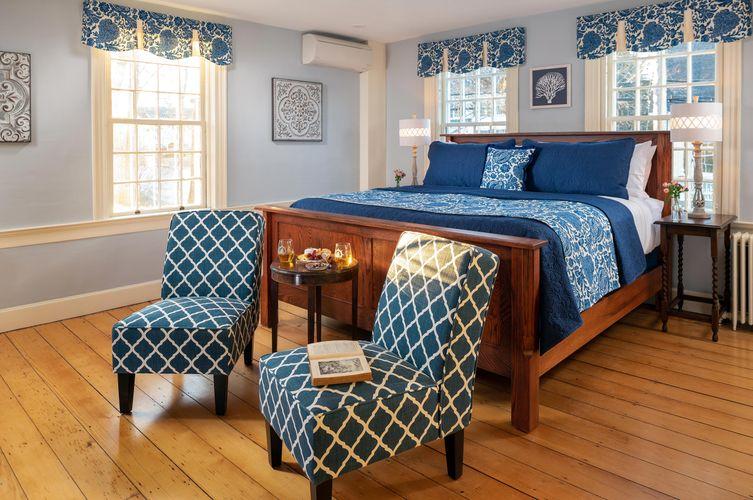 Guestroom---Lydia-M.-Webster-(1).jpg