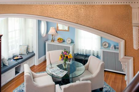 New-Sitting-Room-Kennebunkport-Inn.jpg