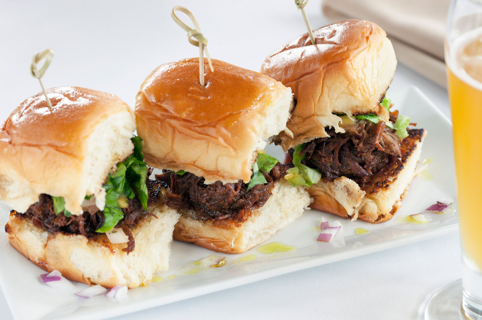 Food-pulled pork sandwich.jpg