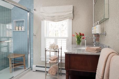 Chatham Gables Inn Bathroom photo.jpg