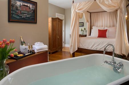 Interior photograph of a Viriginia bed & breakfast guestroom .jpg