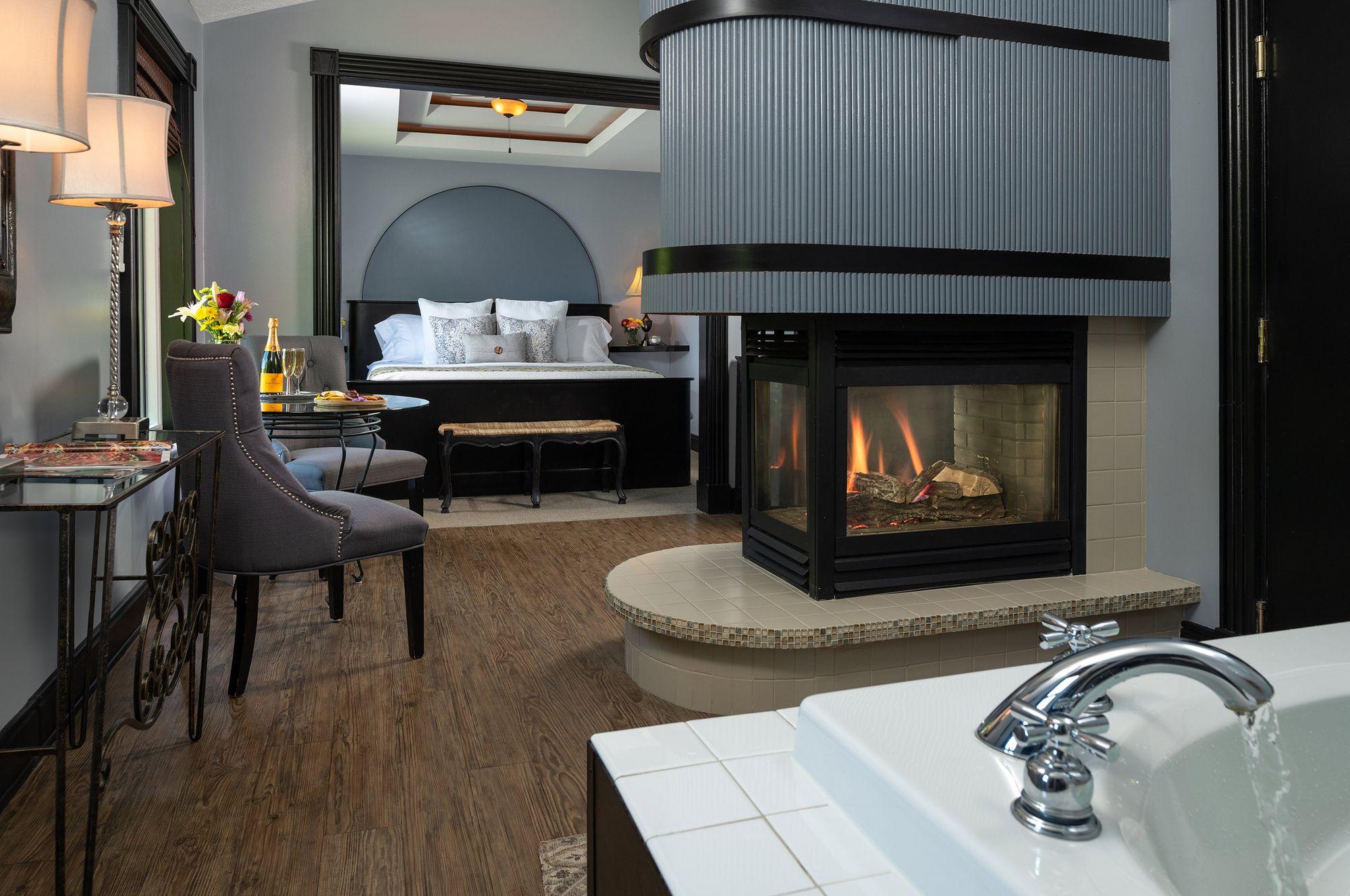 Premium-Suites---Lancelot.jpg