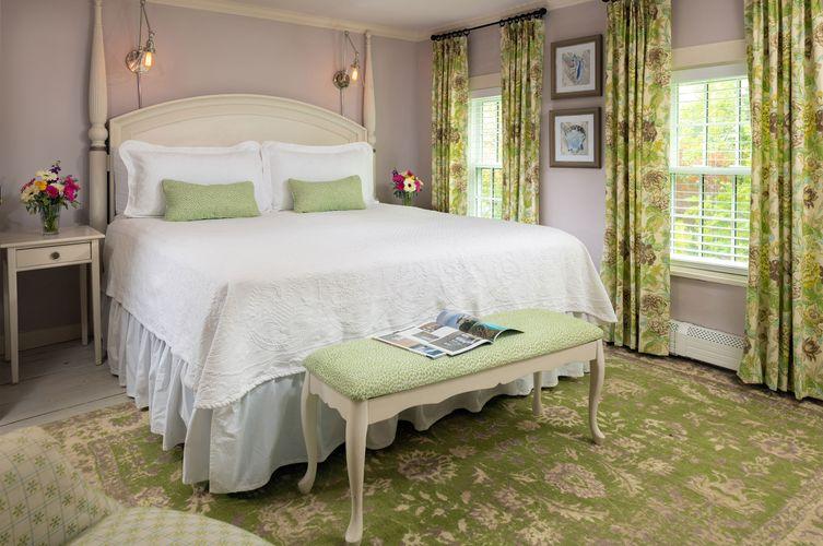 Guestroom---Brewster-Room.jpg