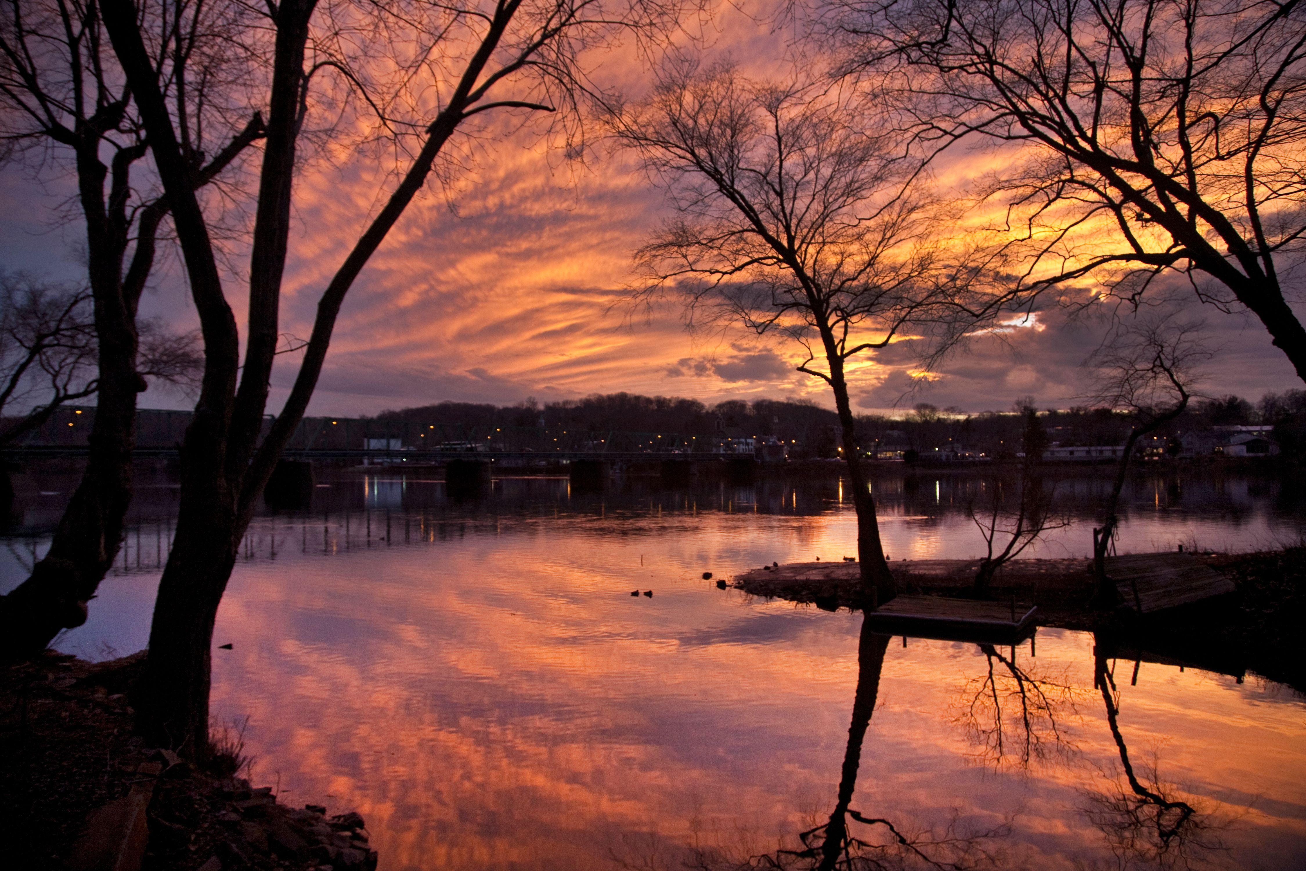 Lambertville-Sunset-2009.jpg